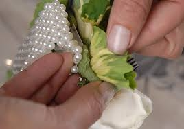 how to make wrist corsage to make a corsage