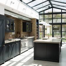 Salle A Manger Style Colonial by Best 20 Industrial Skylights Ideas On Pinterest Kitchen Diner