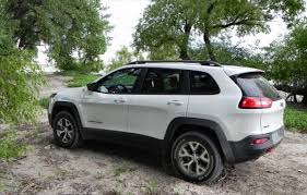 jeep trailhawk 2015 interior 2014 jeep cherokee trailhawk get there and do stuff carnewscafe