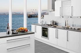 Modern Kitchen White Cabinets Best 25 Modern White Kitchens Ideas Only On Pinterest White 104