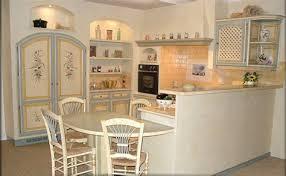 modele cuisine amenagee cuisine equipee style provencale 10 modele maison cuisine ouverte