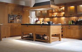 cuisine en bois modele cuisine bois cuisine en image