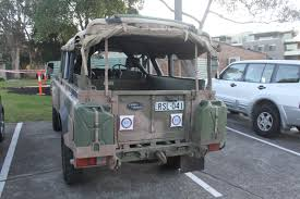 military land rover 110 file 1988 land rover 110 county ex australian army 20065415720