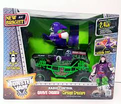 grave digger monster truck rc amazon com new bright monster jam truck full functio r c grave