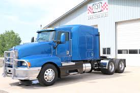 used t600 kenworth 1999 kenworth t600 flat top sleeper 131 truck sales youtube
