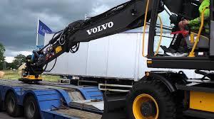 ab volvo lidpol ab lastning och transport av fabriksny volvo ew160e 2015