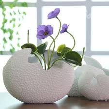 Desktop Decorations Unique Versatile White Eggshell Design Ceramic Flower Vase Desktop