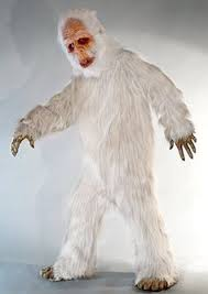 abominable snowman costume this bigfoot looks familiar bigfoot costumes