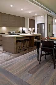 cuisine sur parquet parquet cuisine moderne les plus belles cuisines design cbel