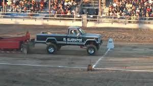 jeep gladiator 1970 1st place tractor pull 1964 jeep gladiator youtube