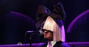 Sia Singing Chandelier Live Sia Chandelier Show Artist Chandelier Live On Show