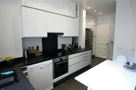cuisine blanche avec plan de travail noir cuisine blanche plan de travail noir cuisine plan travail 9