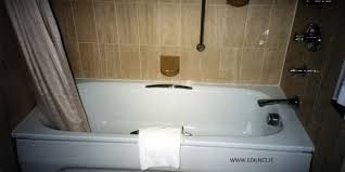 trasformare una doccia in vasca da bagno sostituzione vasca con doccia edilnet