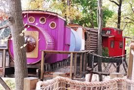 train treehouses treehouse world