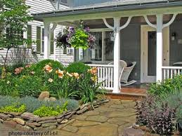 Walkway Ideas For Backyard by Walkway Ideas To Create Exquisite Curb Appeal
