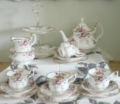 beautiful royal albert cottage garden tea set teapot cake stand