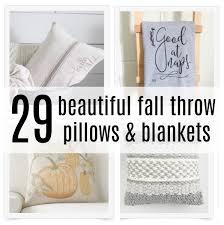 Beautiful Sofa Pillows by 29 Beautiful Fall Throw Pillows U0026 Blankets Wife In Progress
