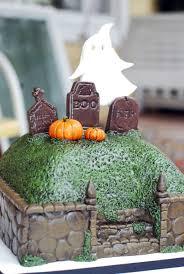 halloween graveyard cake cakecentral com