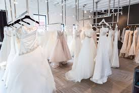 wedding dress store what you should before wedding dress shopping
