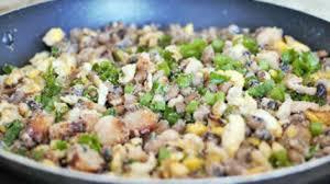cuisiner les f钁es fraiches fèves fraîches en ragoût aux oeufs lard viande séchée manioc