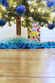 christmas in a minute easy diy christmas tree trunk cover diy