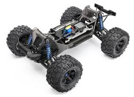 traxxas nitro monster truck rc car action exclusive traxxas announces all new x maxx and we