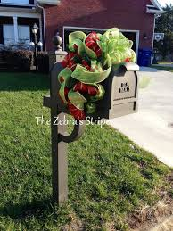 54 best mailbox swag images on wreath ideas mailbox