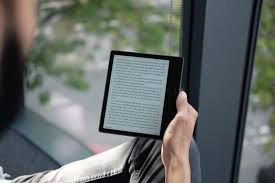 kindle paperwhite blue light filter kindle oasis 2017 it s gorgeous but who is this high end kindle for
