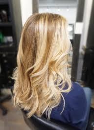 Caramel Hair Color With Honey Blonde Highlights Honey Butter Blonde Balayage Www Kimjette Com Balayage Blonde