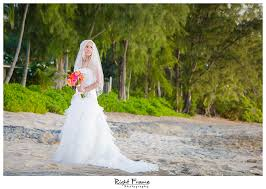 hawaii wedding photography hawaii wedding photography by right frame