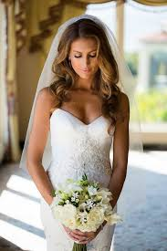 bridal hair for oval faces best 25 wavy wedding hairstyles ideas on pinterest hairstyles