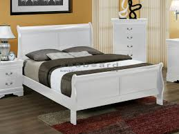 White Sleigh Bed Crownmark 3600 White Louis Phillipe Sleigh Bed Myrtle