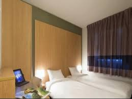 chambre hotel b b hôtel b b hotel marseille les ports à marseille sur my provence