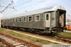 carrozze cuccette ferrovie it grigio ardesia in restauro