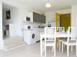 cuisine entierement equipee appartement en duplex m climatisã avec balcon et vue mer cuisine