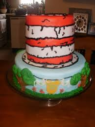 dr seuss themed baby shower cake w clothesline on bottom and cats
