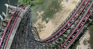Six Flags Rollercoaster How Safe Is A Roller Coaster