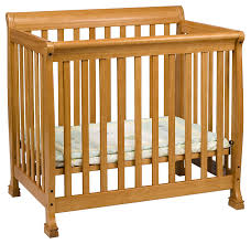 Davinci Emily Mini Crib White Davinci Kalani 2 In 1 Mini Crib And Bed In Honey