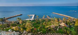 amathus hotel limassol for a family mini travellers