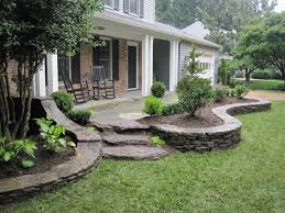 Decorations For Front Of House Best 25 Front Porch Landscape Ideas On Pinterest Front