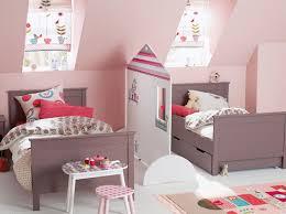 paravent chambre bébé cloisonner sans travaux c est possible paravent chambres et
