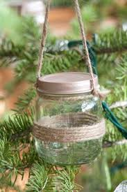 turning baby food jars into ornaments