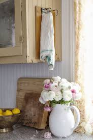Kitchen Cabinets Cottage Style by Best 25 Cottage Style Kitchens Ideas Only On Pinterest Cottage