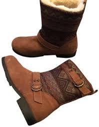 bearpaw womens boots size 9 bearpaw items tradesy