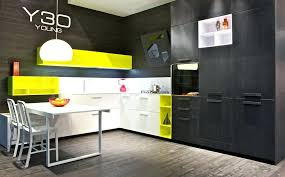 meuble de cuisine noir meuble cuisine jaune meuble de cuisine noir quelle couleur pour