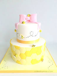 1st Birthday Cake Bee 1st Birthday Cake Cake By Cakes By Maylene Cakesdecor