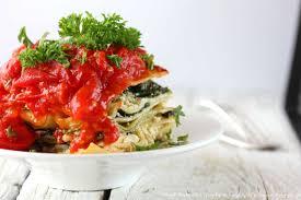 cuisiner des epinards frais lasagnes végétariennes aux épinards frais ricotta et tomates