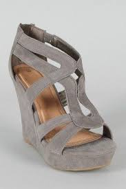 grey bridesmaid shoes 188 best shoes images on bad club bridal shoes