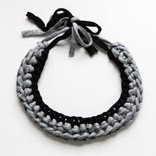 crochet necklace black images Make this gorgeous chunky crochet necklace with this simple jpg
