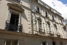 rideau s駱aration chambre apartment le lys blanc tours booking com